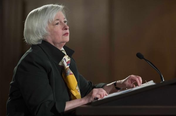 Janet Yellen, presidenta de la Reserva Federal, en conferencia de prensa ayer.   AFP