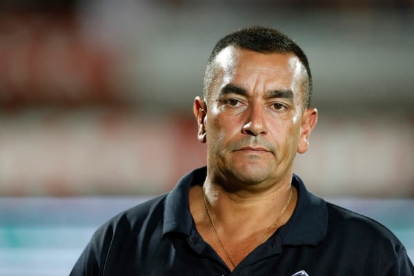 Que alguien le diga a José Giacone, entrenador del Municipal Pérez Zeledón, que ya puede cambiar el semblante. Esta semana su equipo es uno de los ganadores de la semana en la Tabla de 'El Nerdo'. Fotografía José Cordero