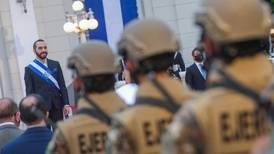 Bukele acusa a la comunidad internacional de financiar masiva protesta en El Salvador