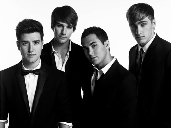 Familia. Los cantantes juveniles Kendall Schmidt, James Maslow, Carlos Pena y Logan Henderson aseguran ser como una familia. Cortesía Sony Music