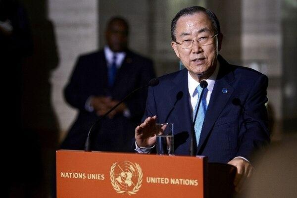 Ban Ki-moon responde preguntas a la prensa en una conferencia.   AFP.