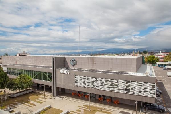 Grupo Nación acordó reducir al 50% la jornada de trabajo de sus colaboradores por un plazo de tres meses a partir de este 1. ° de abril. Foto: Grupo Nación.