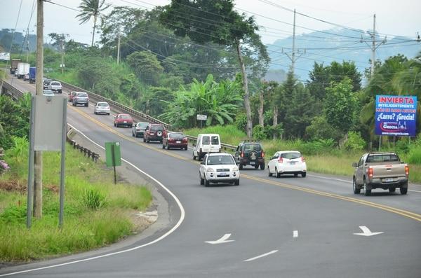 La ampliación de la vía entre San José y San Ramón incluye mejoras en puentes y calzada a lo largo de 60 kilómetros. Fotografía: Mario Rojas