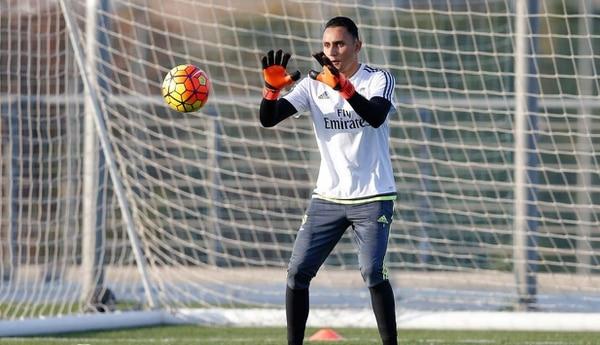 Keylor Navas durante la práctica de este miércoles en la Ciudad del Real Madrid.