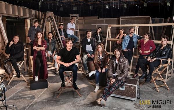 Si bien Diego Boneta es el protagonista principal de la serie, quien se roba los aplausos es Óscar Jaenada por encima de los demás integrantes del elenco. Netflix/LN.