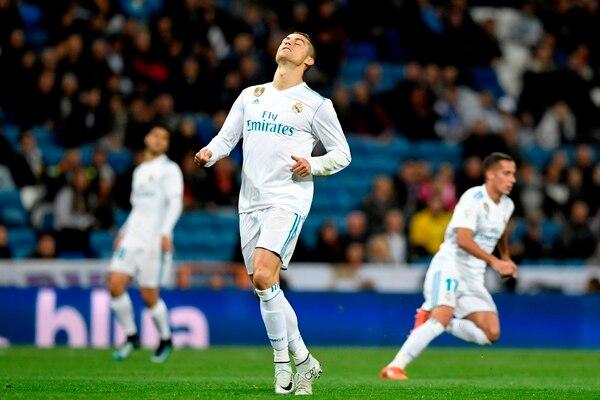 Cristiano Ronaldo, portugués de 32 años, espera revalidar su corona como el mejor futbolista del mundo.