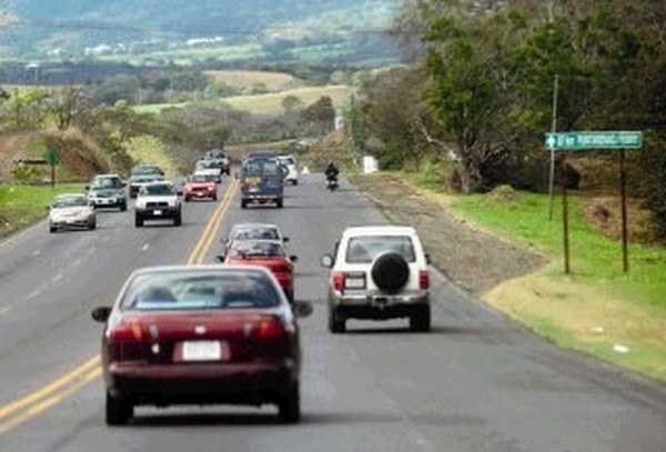 La vía a Caldera no tenía previstos puentes peatonales. | ARCHIVO