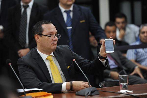 Gamboa fue suspendido de sus funciones por la Corte Plena desde el 18 de octubre, luego de que trascendiera que el tiquete con el cual viajó a Panamá fue comprado con la misma tarjeta que el boleto de Bolaños. Foto: Melissa Fernández