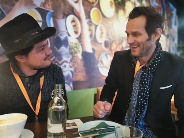 Buscando nuevas oportunidades, en la Berlinale Leynar Gómez se reúne constantemente con productores internacionales. Cortesía de Leynar Gómez