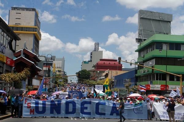 Los grupos sindicales llevan dos días en huelga contra la reforma fiscal. Foto: Jorge Castillo.