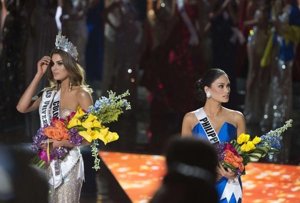 La Miss Colombia no puede creer lo acontecido en la final del Miss Universo, cuando por error del presentador Steve Harvey, la dio como ganadora. Minutos después entegró el título a Filipinas.
