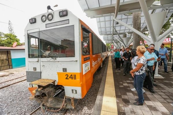 El servicio de tren en la Gran Área Metropolitana fue reactivado en 2005 tras más de una década de estar suspendido. En pocos años, la demanda del servicio creció de forma acelerada. | JORGE ARCE.