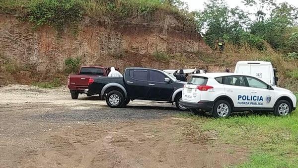 Agentes del OIJ se encargaron de recoger el cuerpo de la mujer y el taxista en el tajo Solania, en Tilarán.