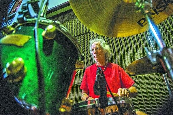 John Densmore visitó Costa Rica por sus facetas musical y de activista ambiental.