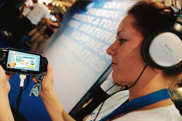 En la conferencia opinaron que el uso de dispositivos móviles ha contribuido a aumentar el número de videojugadoras