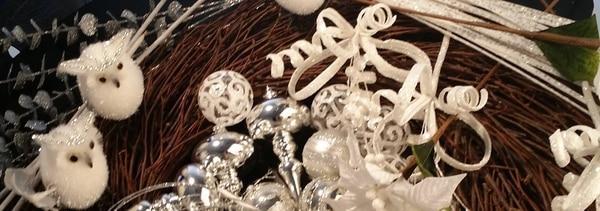Haga una corona navideña con búhos de moda