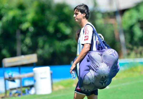 Bryan Ruiz se encuentra entrenando con la Selección Nacional con miras al amistoso de la Nacional mañana ante México. | RAFAEL PACHECO