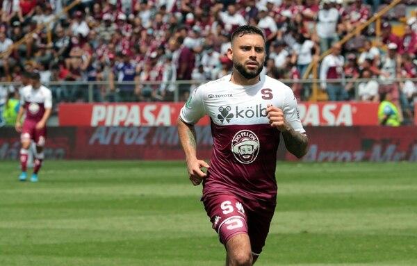 David Ramírez salió expulsado el pasado domingo en el clásico nacional. Foto: Alonso Tenorio