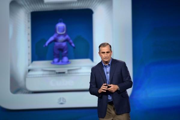 Brian Krzanich,el CEO de Intel lanzó un reto para los emprendedores y creadores durante su presentación en el CES.