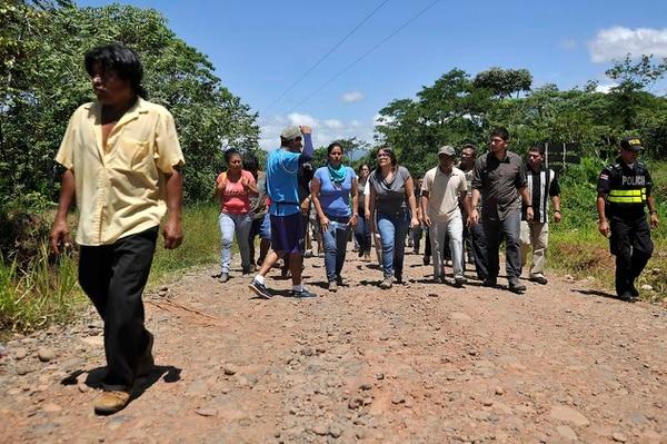 Gobierno logró levantar bloqueo de finqueros que mantenía en la reserva indígena Salitre, ubicana en Buenos Aires de Puntarenas.