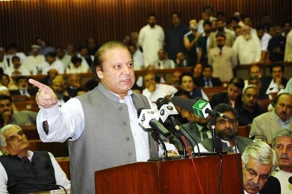 El nuevo primer ministro Nawaz Sharif pronuncia su discurso inaugural ante la Asamblea Nacional. | AFP
