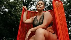 Belleza en todas las tallas: CRFW tendrá edición 'Resort' y lo anuncia con campaña inclusiva