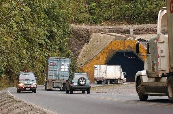 Oficiales de Tránsito incrementarán los controles por la ruta 32 este fin de año. | ARCHIVO.