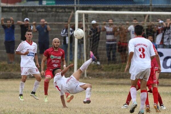 Sagradeños y palmareños empataron en el primer juego de la final de Linafa.