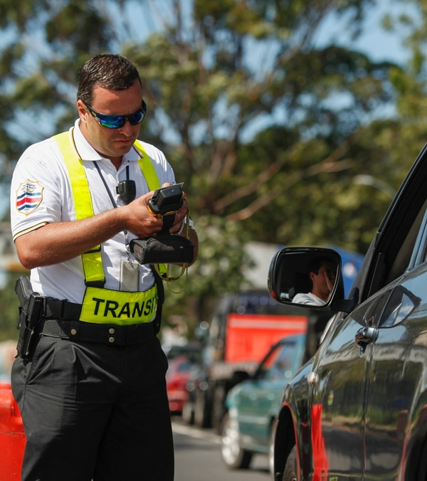 La ley de tránsito establecía que todos los conductores debían contar con una dirección de correo electrónico para ser notificados. | JORGE ARCE