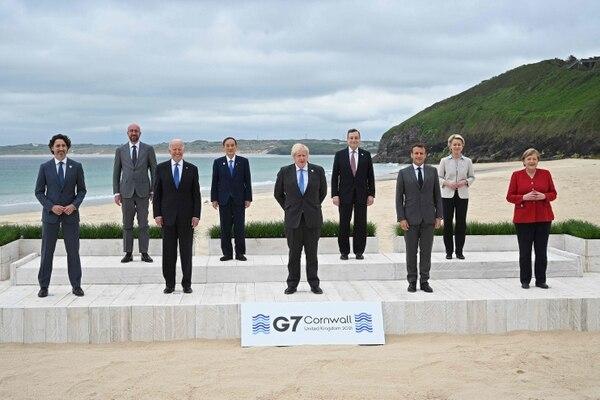 Los líderes del G7 están en la localidad costera de Carbis Bay, en el suroeste de Inglaterra, reunidos con una serie de medidas sanitarias para evitar un brote de covid-19. Foto: AFP
