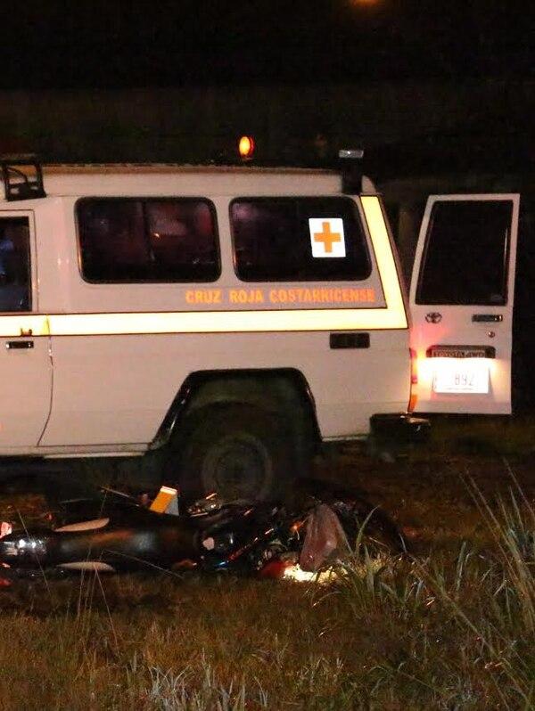 Un motociclista falleció este sábado en la noche luego de chocar contra un autobús en Sarapiquí.