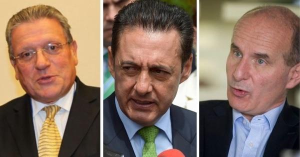Luego de oficializar su precandidatura, Rolando Araya aseguró que Antonio Álvarez Desanti lo buscó para frenar la candidatura de José María Figueres. Sin embargo, ahora asegura que están unidos para mantener la fecha de las elecciones internas.