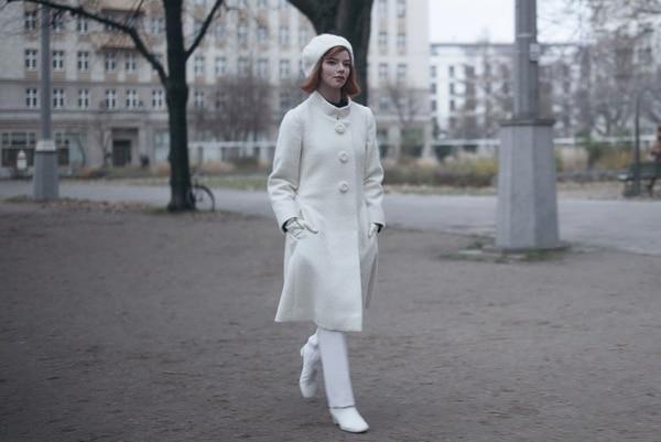 El 'look' final de Beth Harmon tiene un significado de la nueva mujer que ella es. Foto: Netflix para LN