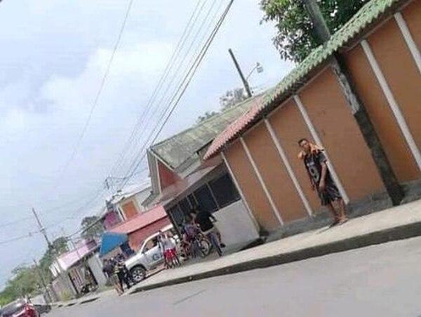 Supuesto crimen habría ocurrido en las afueras de un bar en Limoncito. Foto: Raúl Cascante