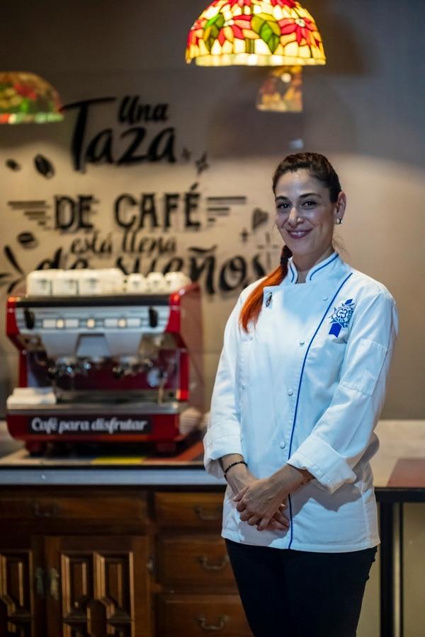 María Andrea Huezo, primogénita del propietario, es graduada en Pastelería en la famosa escuela Le Cordon Blue. Ella estará al frente de Pequeño Rincón, una cafetería gourmet. Foto José Cordero