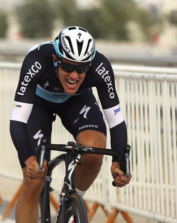 El ciclista holandés Niki Terpstra, del equipo Etixx-Quick Step, durante la tercera etapa del Tour de Catar 2015, una contrarreloj individual, en el circuito de Losail.