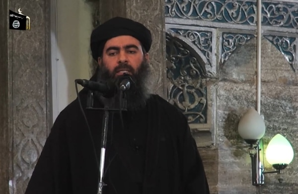 Abú Bakr al-Bagdadi, líder del Estado Islámico, apareció por última vez en público en julio del 2014 cuando se encontraba en una mezquita.