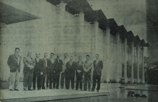 Inauguración de la Casa del Abogado del Colegio de Profesionales. En la foto se aprecia la Junta Directiva.