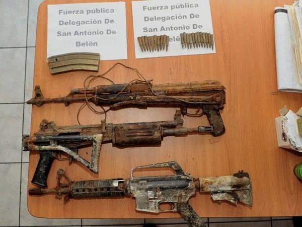 Las armas tenían unos siete meses de estar enterradas.   ALONSO TENORIO