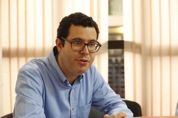 Gustavo Román, asesor de Gestión Política del TSE. Foto: Adrián Soto.