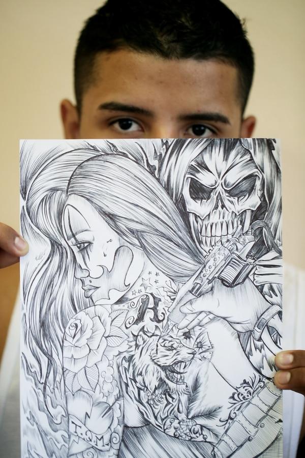 Una de las primeras asignaciones del taller era llevar un dibujo de tema libre. Este dibujo lo hizo Jorge. Foto: John Durán