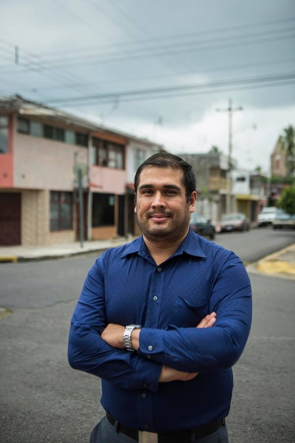 Alejandro Calderón es el médico encargado del proyecto Estampa.