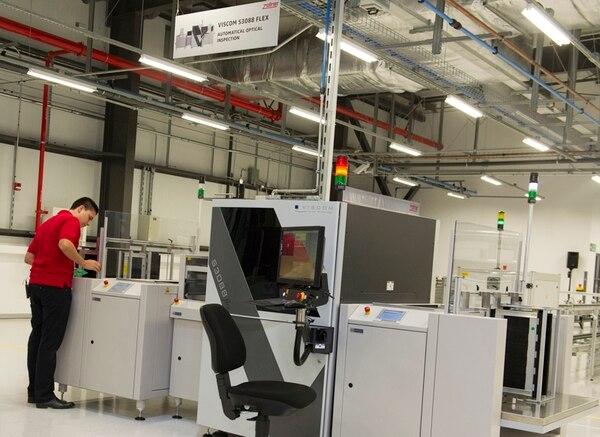 Cinde resaltó la llegada de empresas de manufactura de alta tecnología, como Zollner, que se instaló en Cartago.   RÓNALD PÉREZ/ ARCHIVO