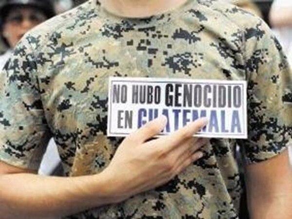 Un simpatizante de Ríos Montt rechazó el domingo que se hubiese cometido genocidio en Guatemala. | AFP