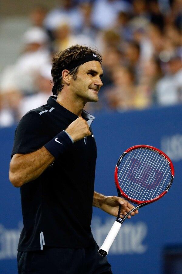 El suizo Roger Federer venció al francés Gael Monfils y selló su pase a la semifinal del Abierto de Estados Unidos.