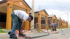 Contraloría: Traslado de recursos para gastos del Banhvi afecta financiamiento de vivienda para clase media