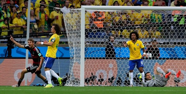 Thomas Müller celebra su anotación ante Brasil.