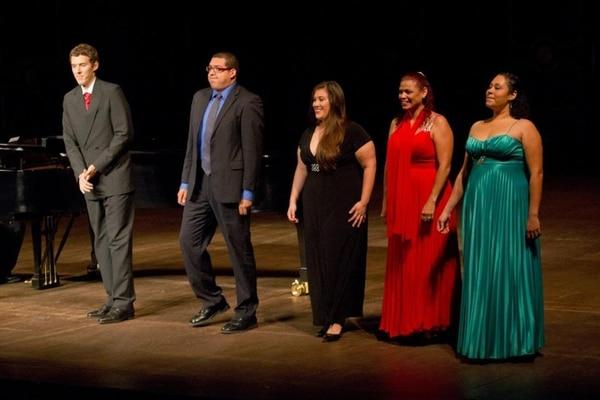 Voz. Estudiantes de Jóvenes Cantantes. Teatro Nacional para LN.