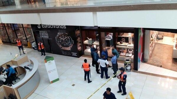 Asalto joyería Multiplaza Escazú y Plaza Colonia