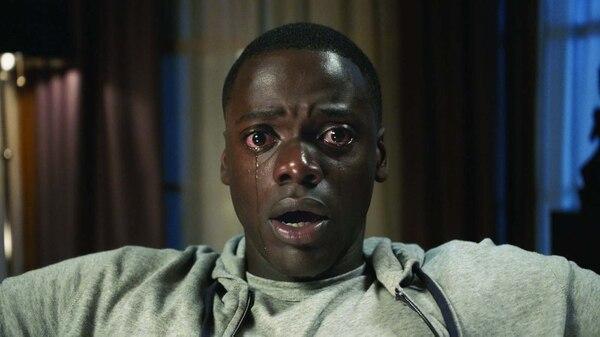 Chris (Daniel Kaluuya), vivirá el horror en primera persona.